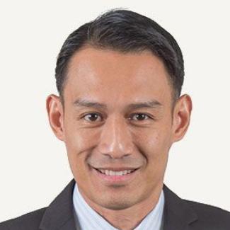 Mr Geoffrey Yeo